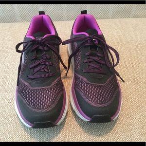 Skechers ladies active shoe